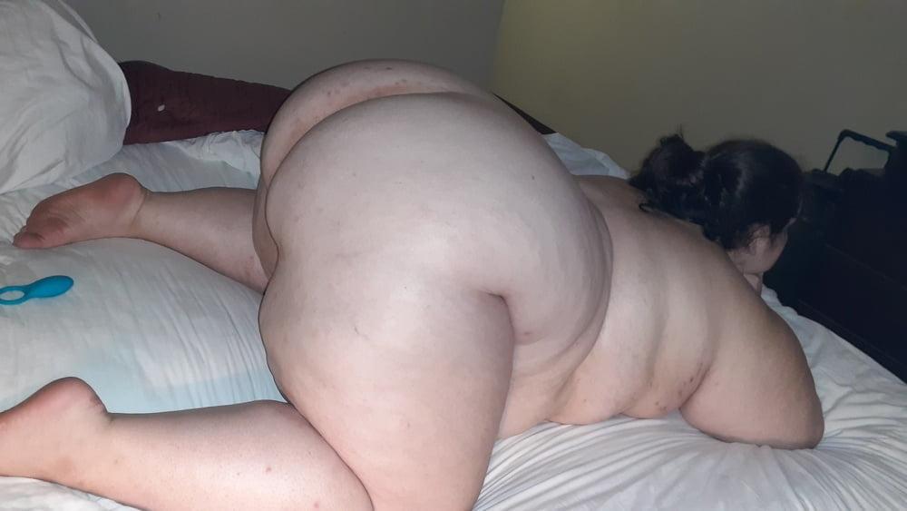 Big ass 7 - 27 Pics