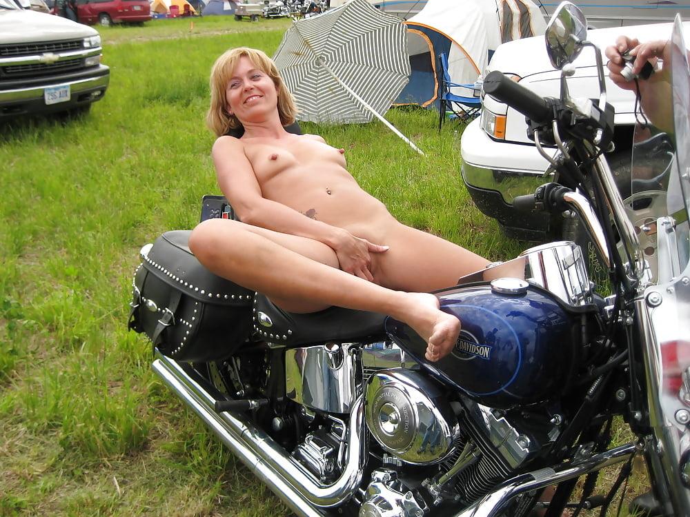 Warren nude young biker slut pussy