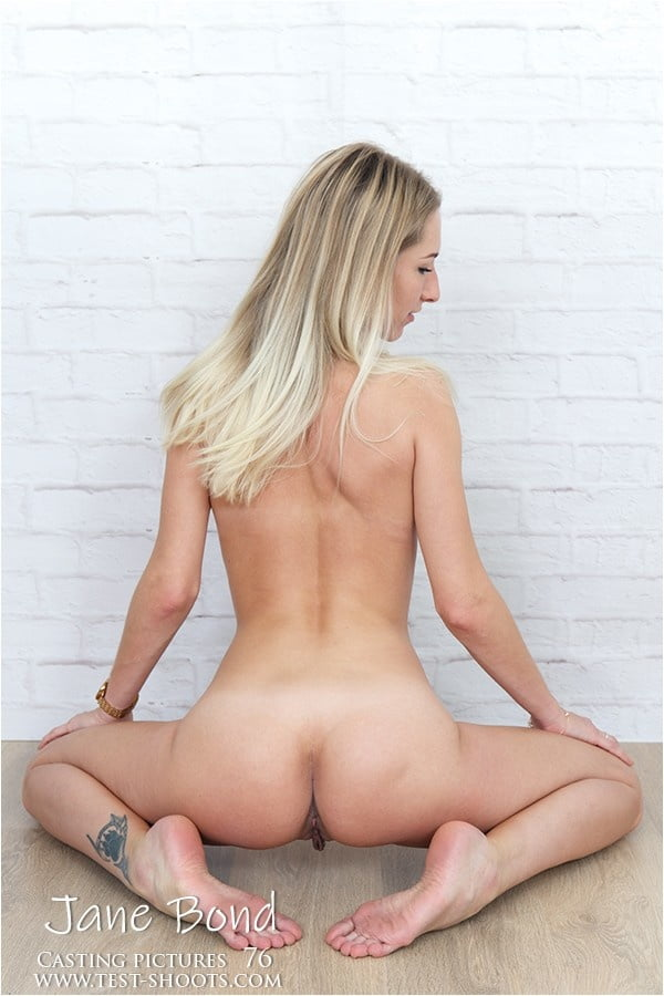 Nudist amateur girl