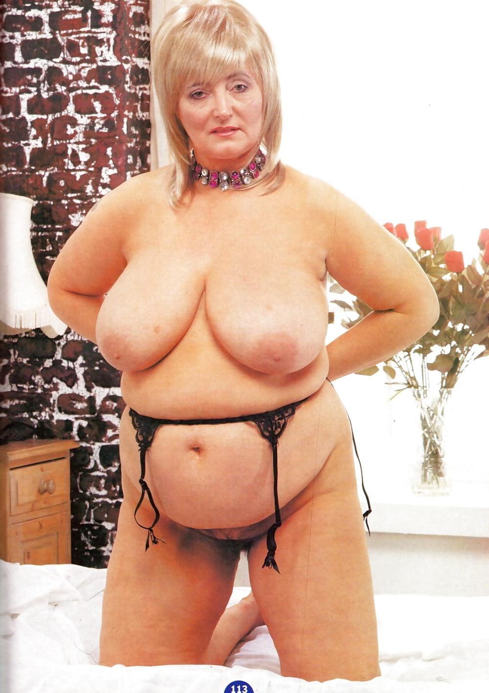 Naked reader wife