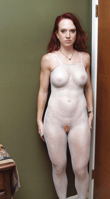 strict-milf-nude