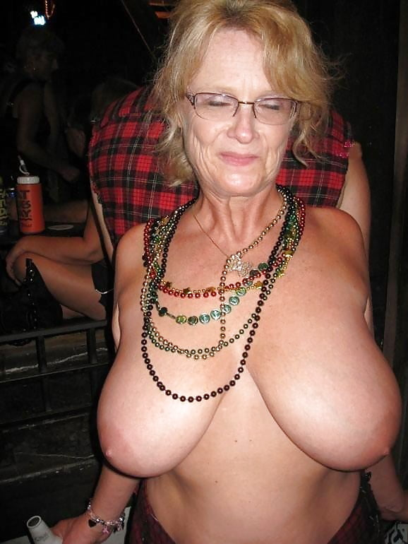 dudes-sexy-granny-huge-boobs-naked-skinny-mature-tube