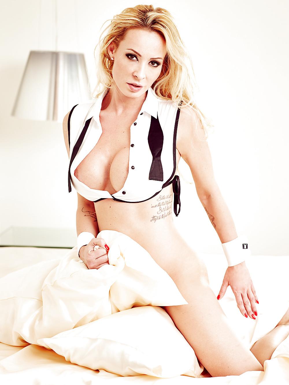 Cora Schumacher Hot