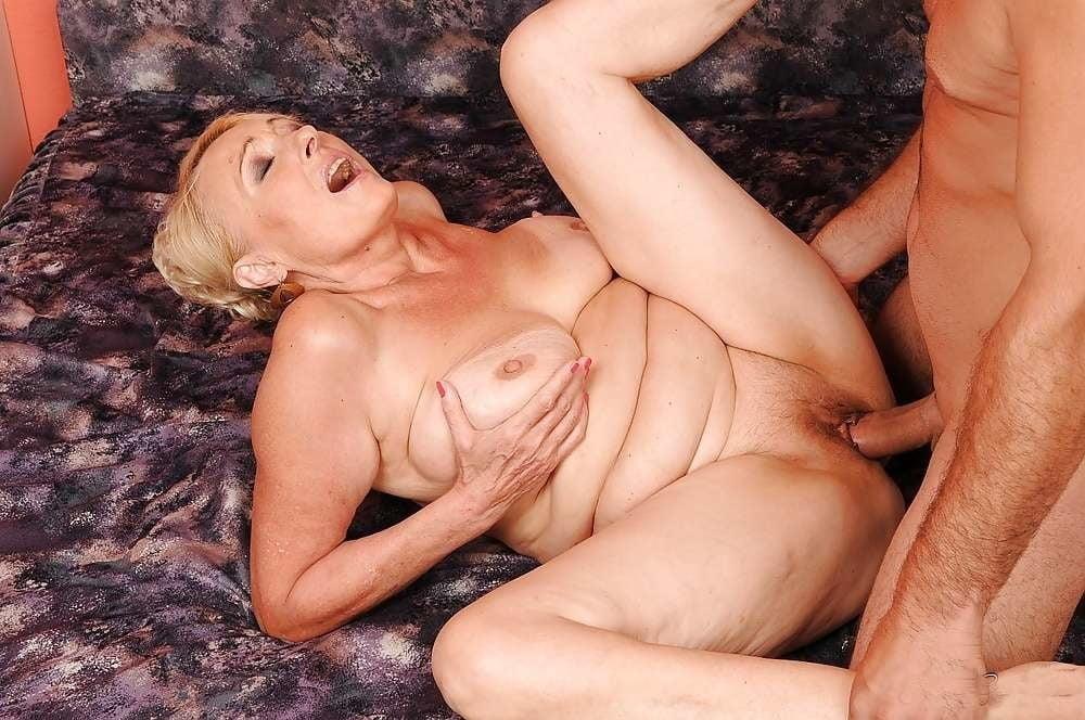 Lusty granny lesbian