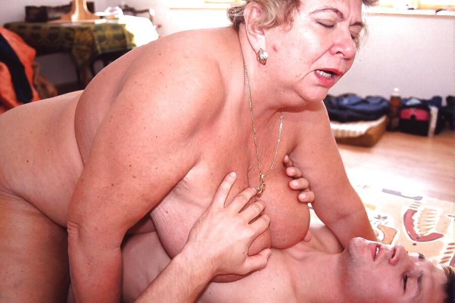 Free granny big tits porn pics, best busty granny sex images
