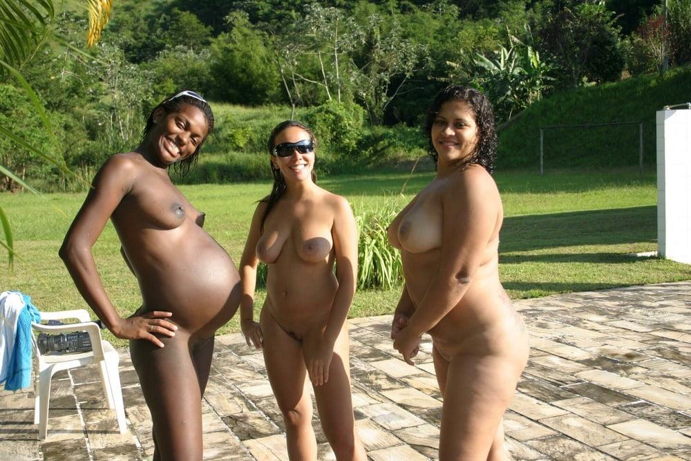 846 - pregnant amateur big belly in panties - fett Schwanger - 16 Pics