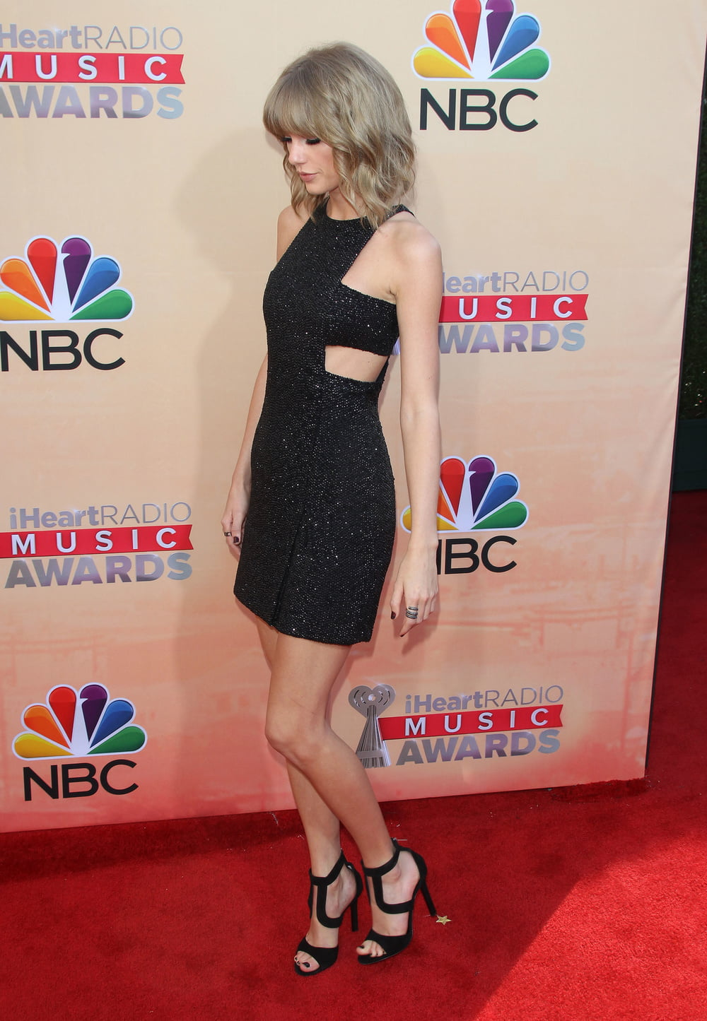 Taylor swift hottest pictures