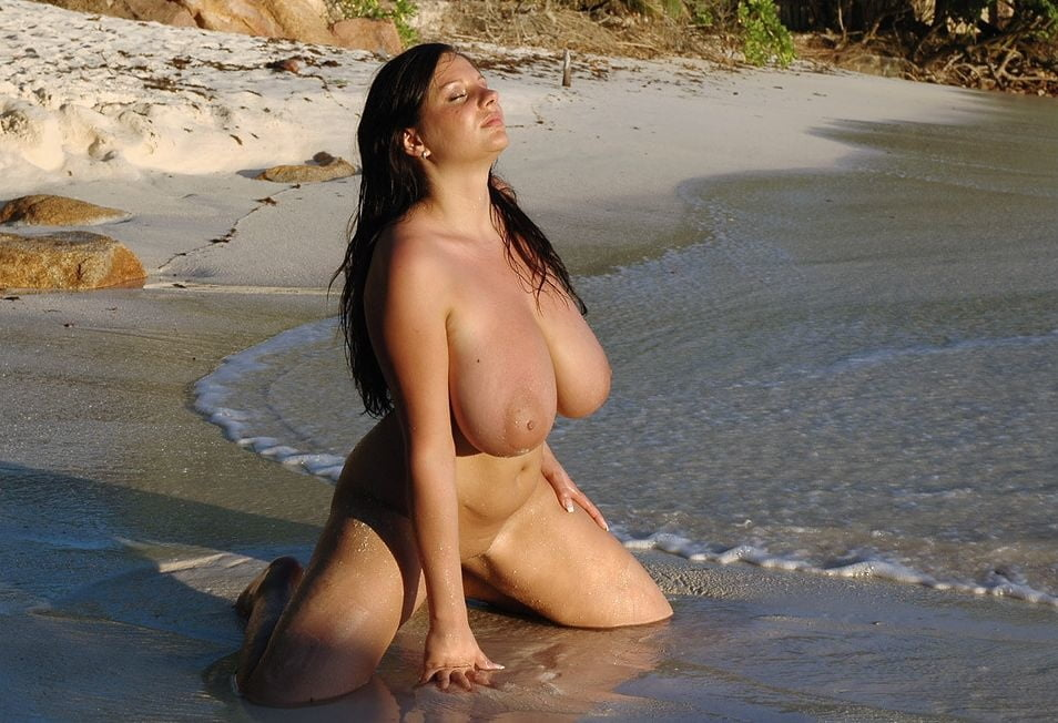 Jazymn topless
