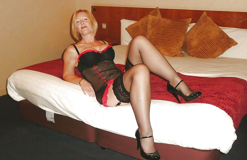 London mature classy escort where can i go to pay for sex