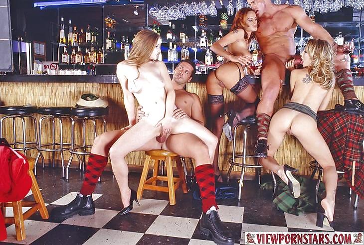 у барной стойки порно - 13