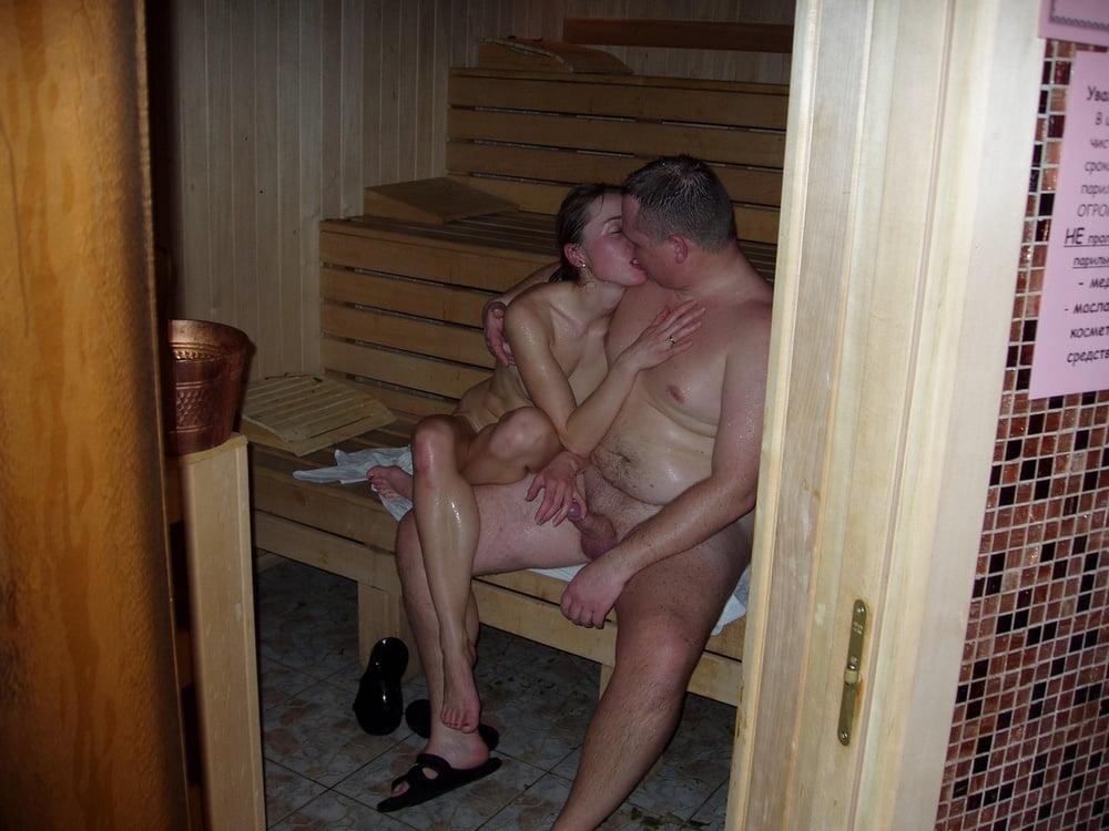 медленно успокаивалась, интим роли русских пар в бани настоящее