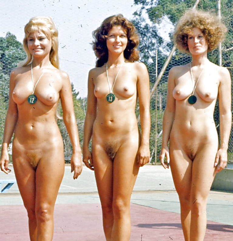 Nude singing group