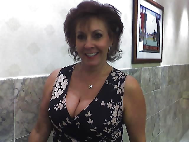 Sexy mature big tits-4729
