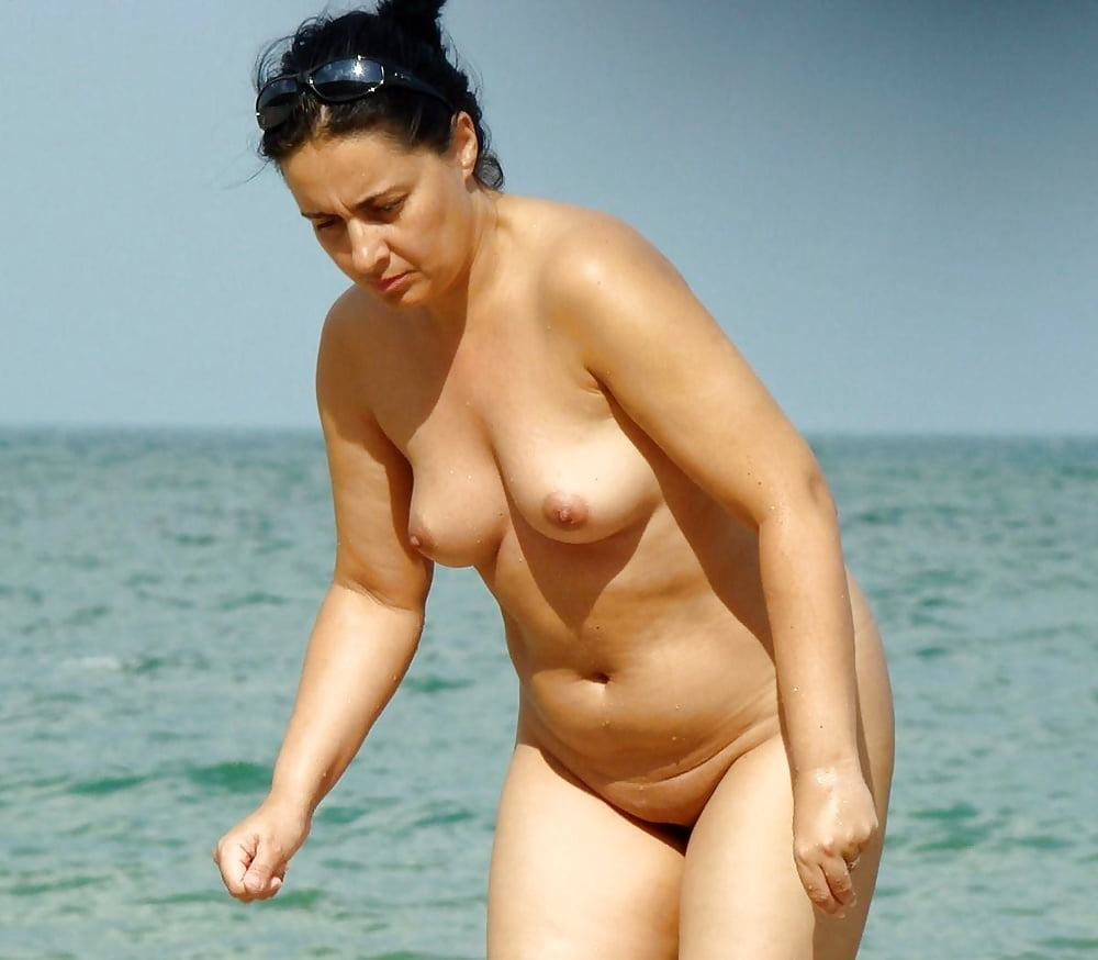 Milf nude beach video