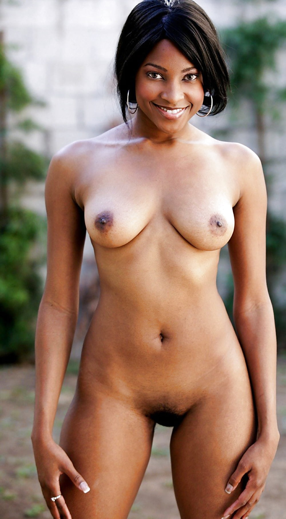 nude-black-indian-girl-with