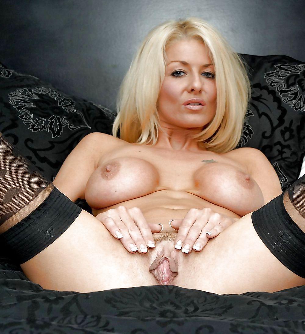 Super horny naked milfs 8