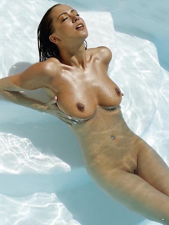 Nude lesbian sexy