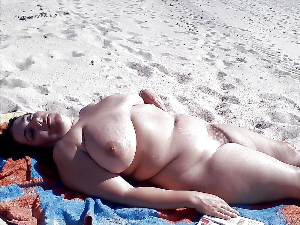 пляж пухленькие секс официально