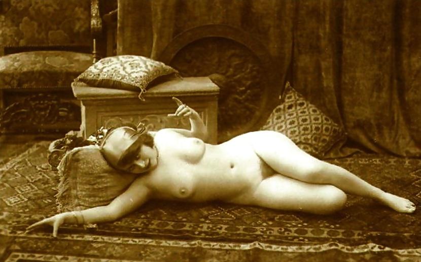 Nostalgic nude naked girls