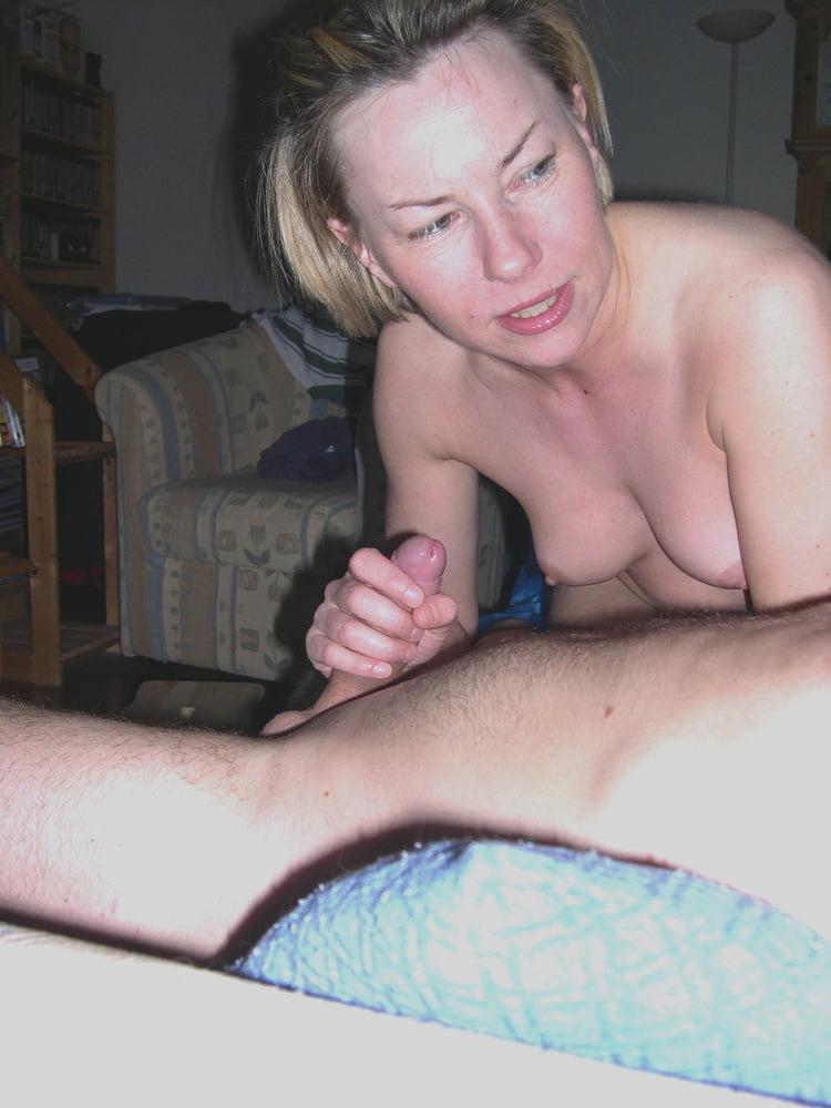 Horny amateur wife - 47 Pics