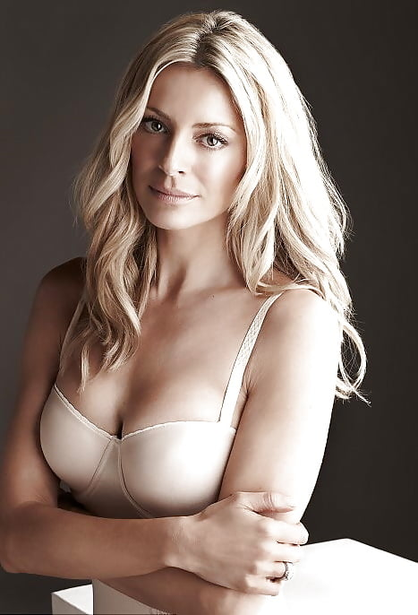 Tess daly see breasts under see through dress no bra hot katherine jenkins foto von terese