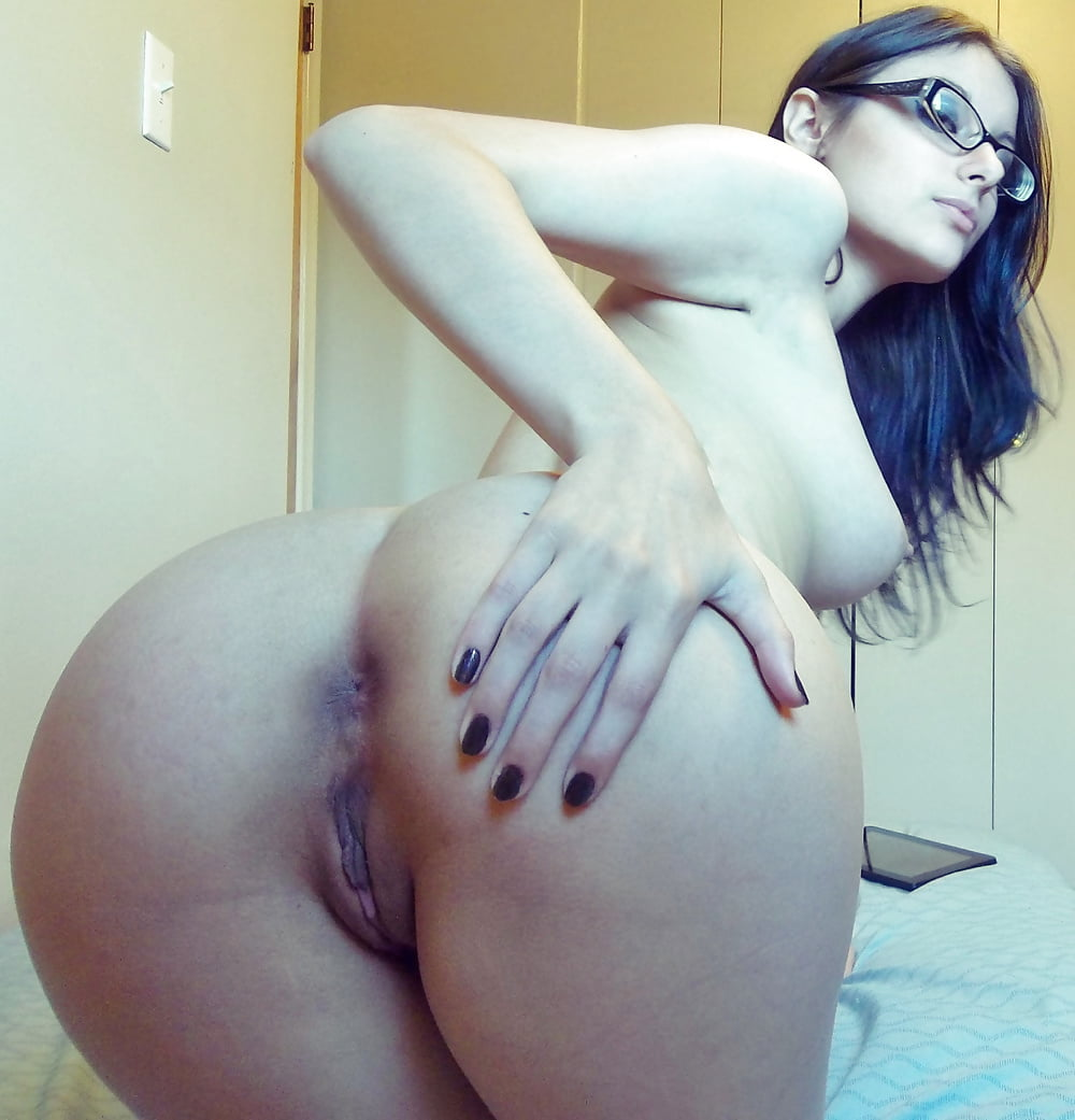 babe-ametuer-asshole-nude-pussy
