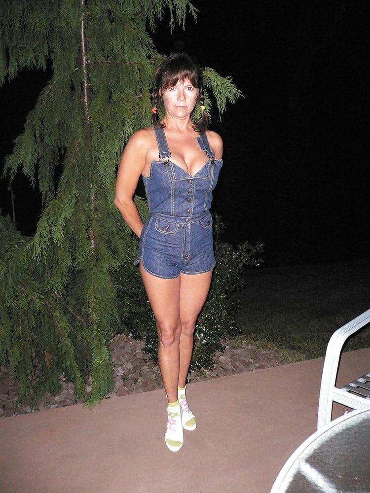 Busty ann lawson sister top huge - 76 Pics