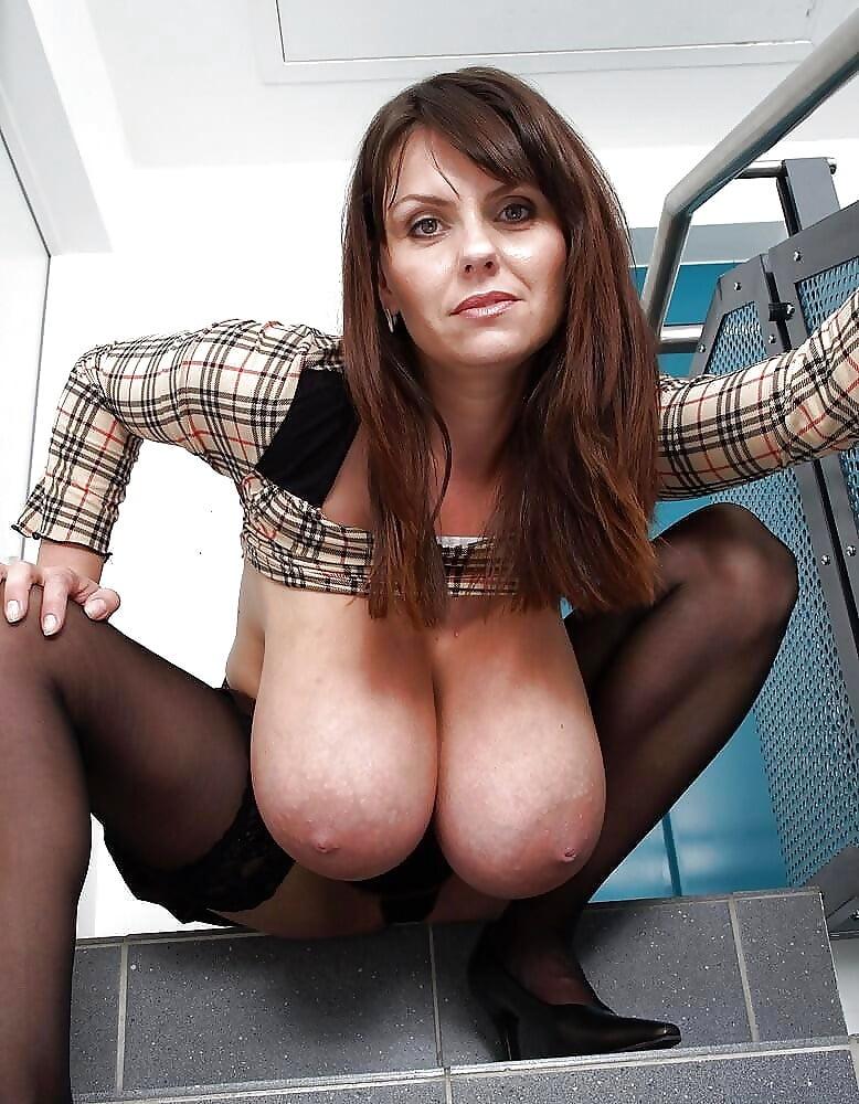 Big floppy tits porn pics