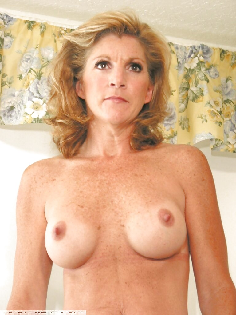 freckled-mature-nude-amateur-large-breast-nude