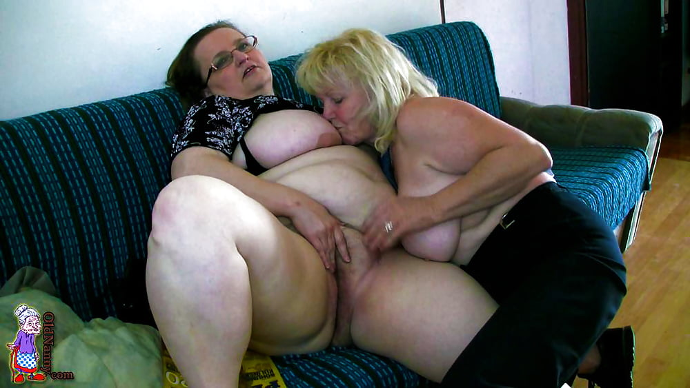 Lesben Hangetitten Pantyhose Kuessen