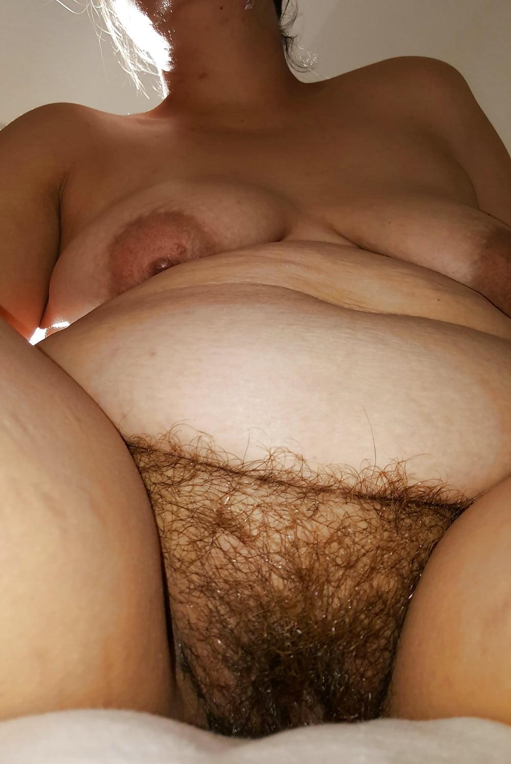 Толстуха с лохматой пиздой, смотреть онлайн телки сосут у стриптизера
