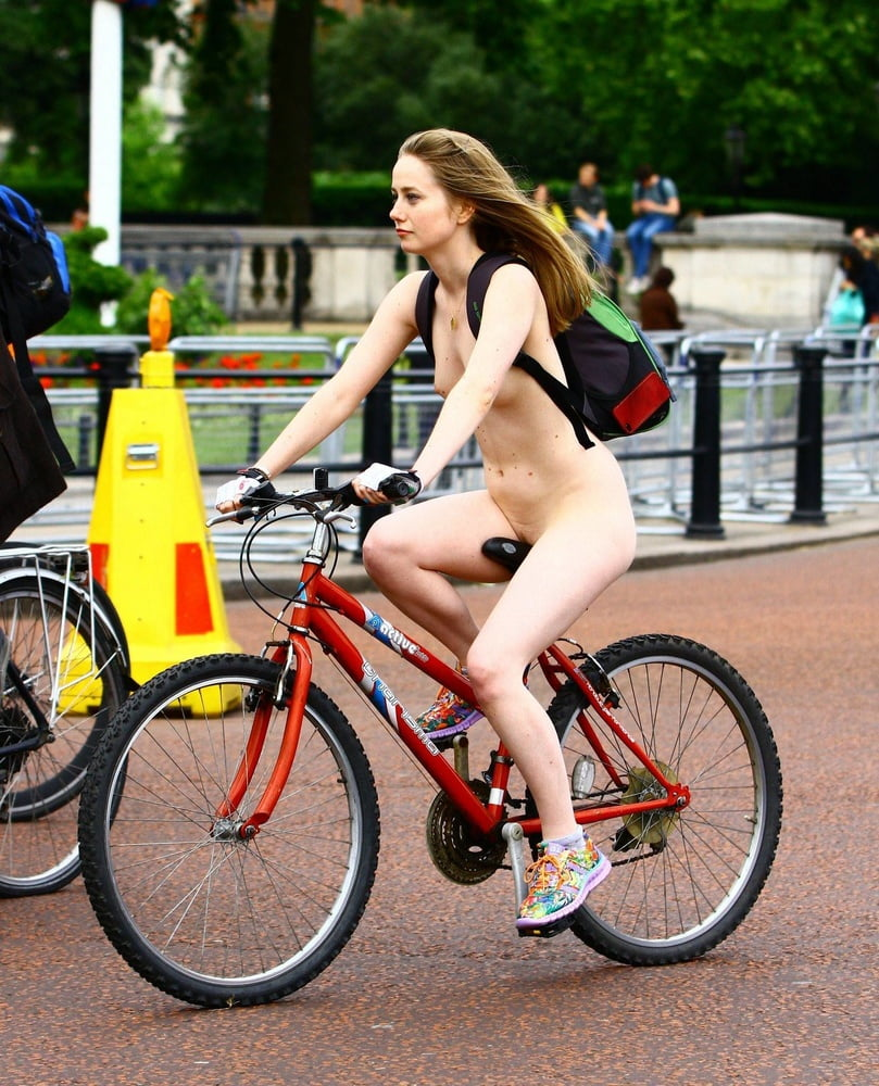 Jaws Drop As The Philly Naked Bike Ride Weaves Through The City Of Brotherly Love
