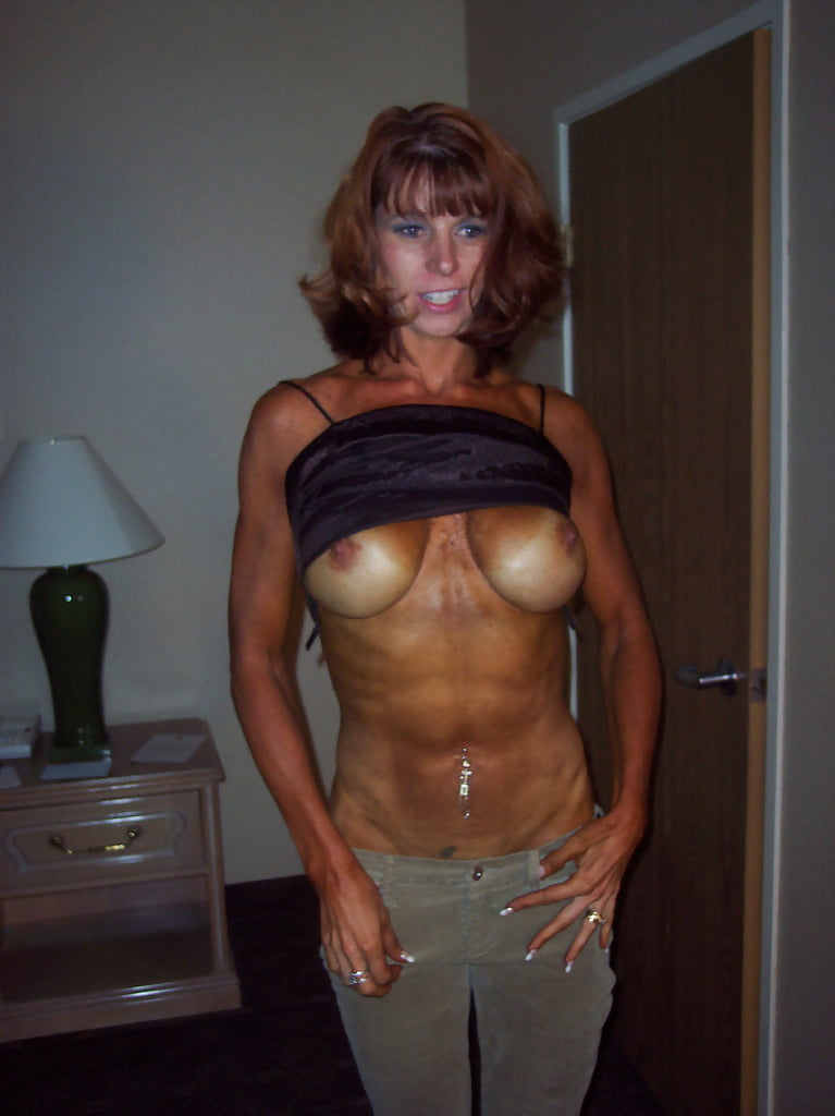 Teen sexy fit naked milf