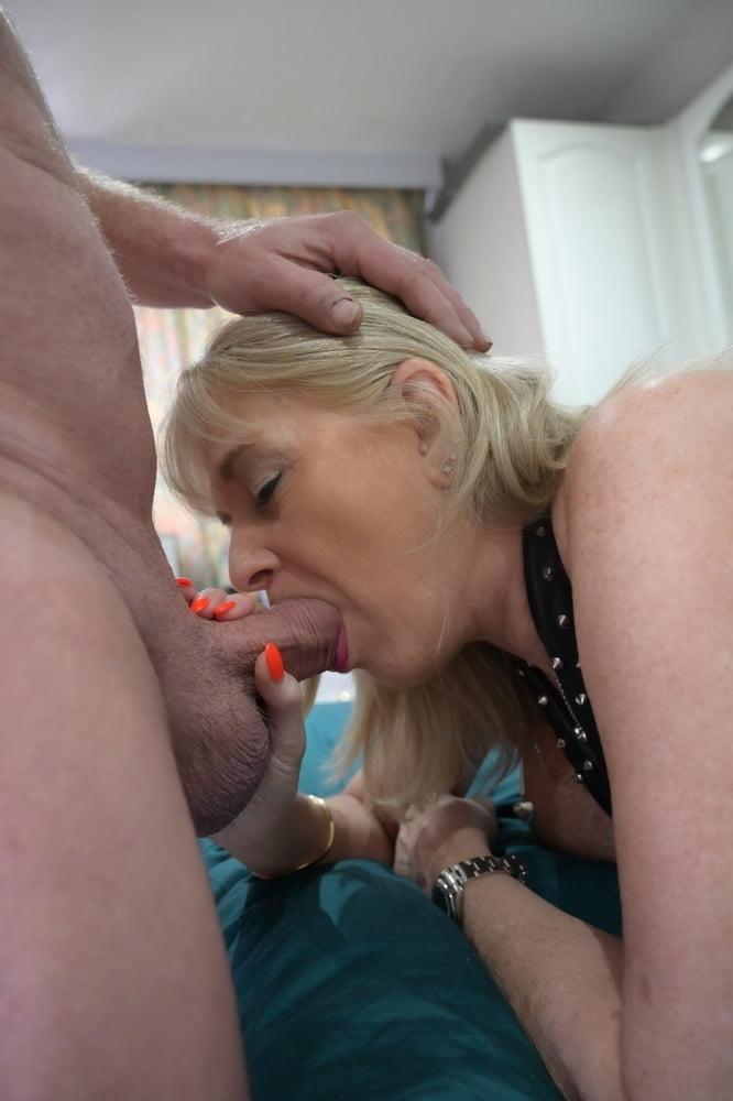 Dum    reccomend sexy butt licking