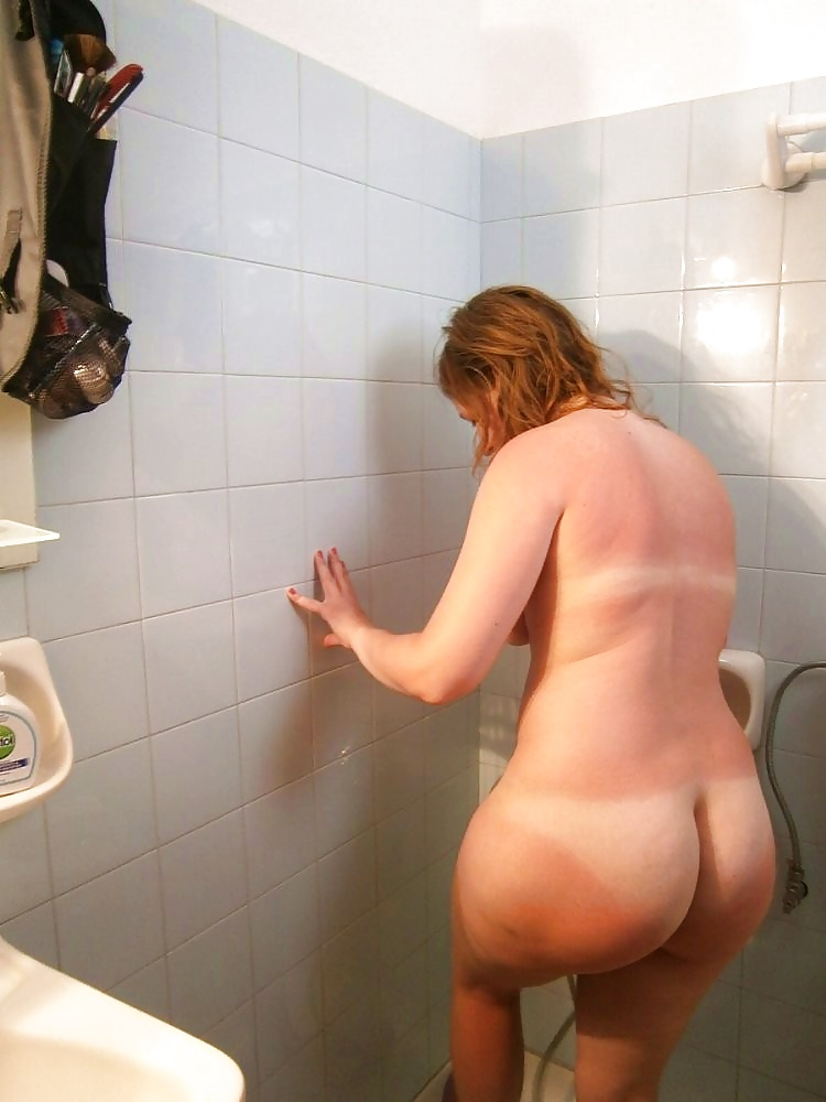 Busty milf with bubble butt fucks hard in the shower