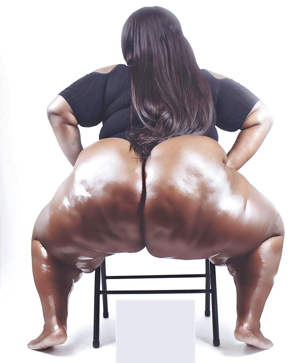 Ebony ass shakers, sexy loose pussy and ass