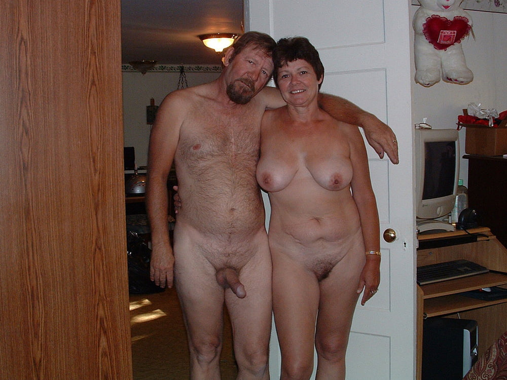 Mature couples posing nude — 11