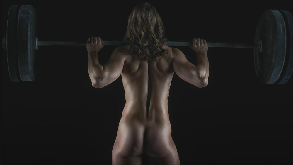 Sexy nude crossfit girls — img 15