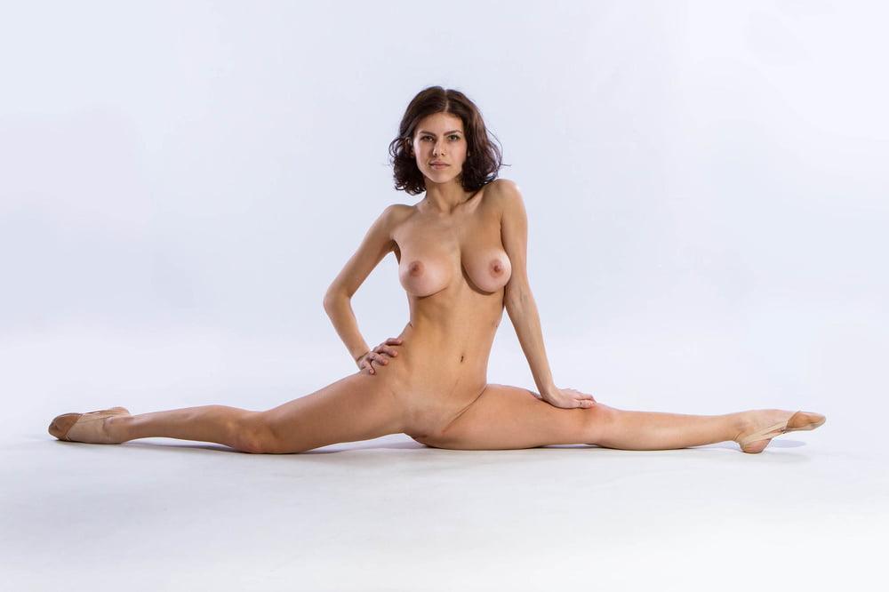 New topless photo rocks gymnastics marisa and thema sent to disciplinary committee