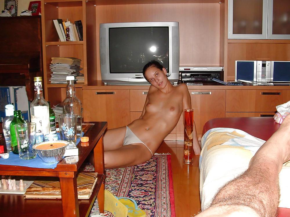 Фотки голых в сексе мужчины и девушки молодой