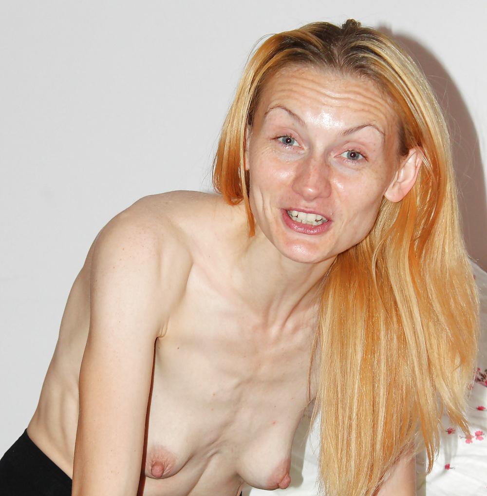 Small saggy tits pics