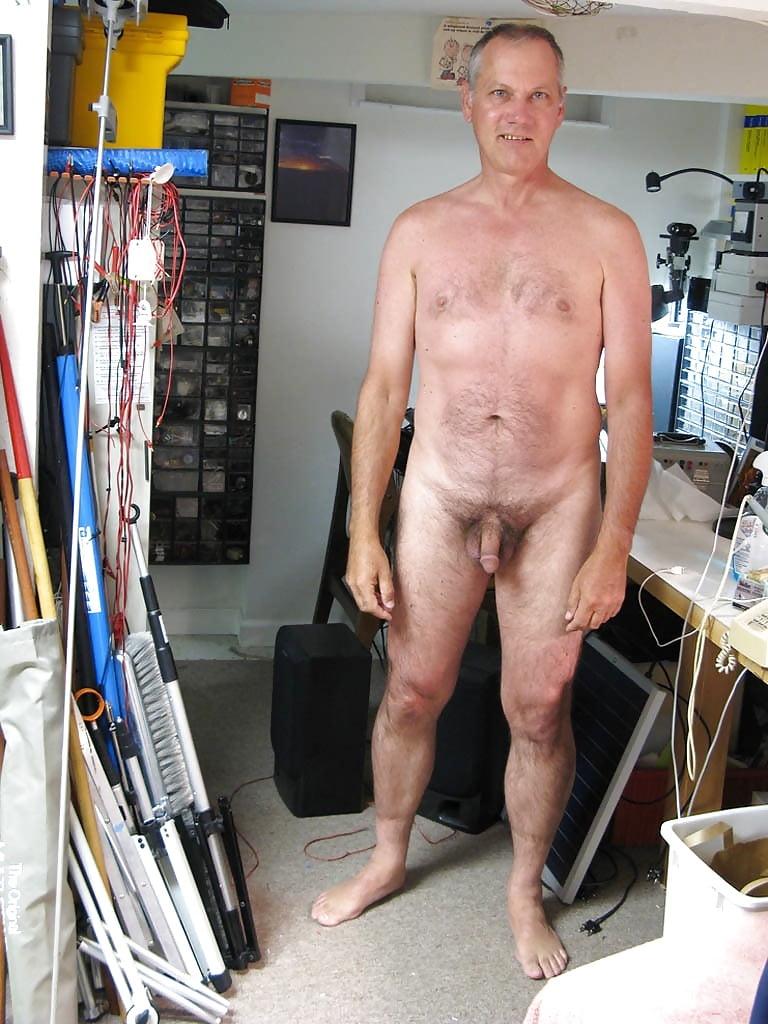 Oldermen naked selfies