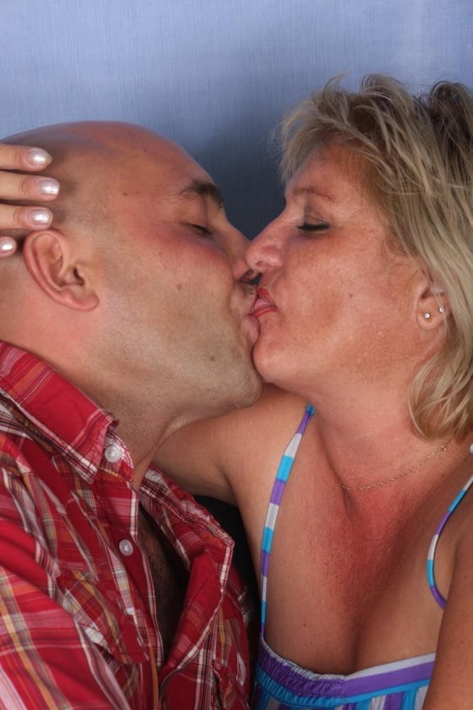 Older women with younger men 200 - 16 Pics