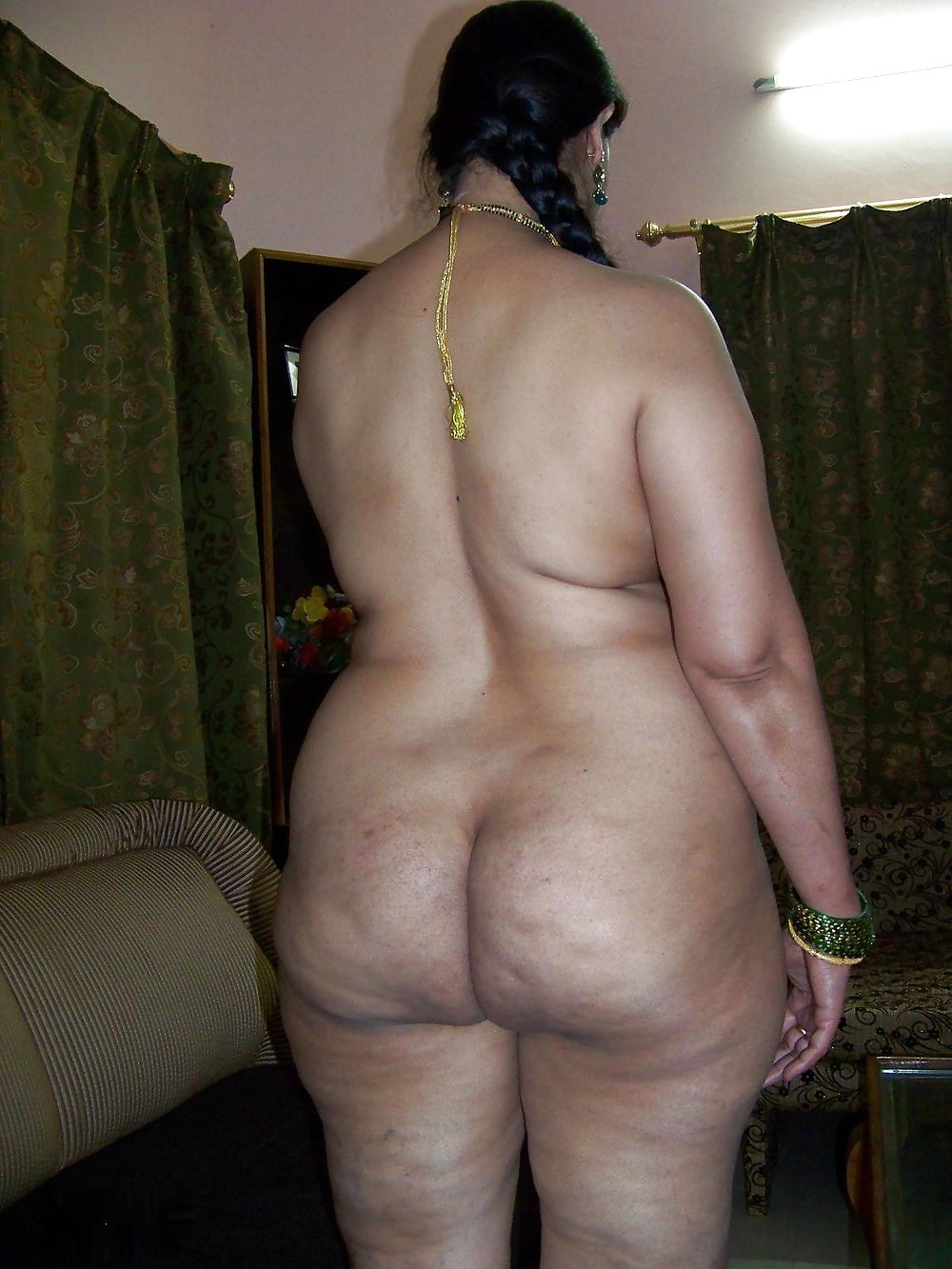 Desi fat ass erotic bhabhi hot photo