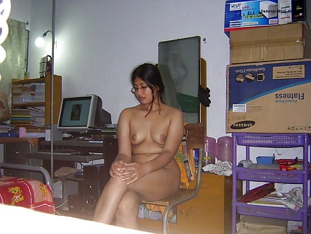 Naked pictures of indian girls