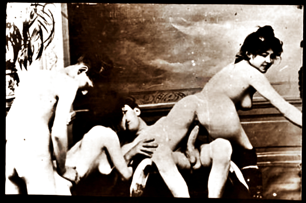 Черно белые немые порно фильмы, тольятти в лосинах госпожа