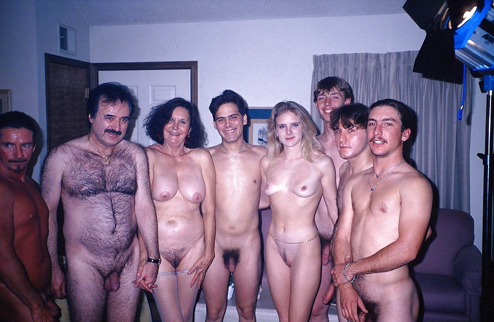 Pornpictures of woman with many men