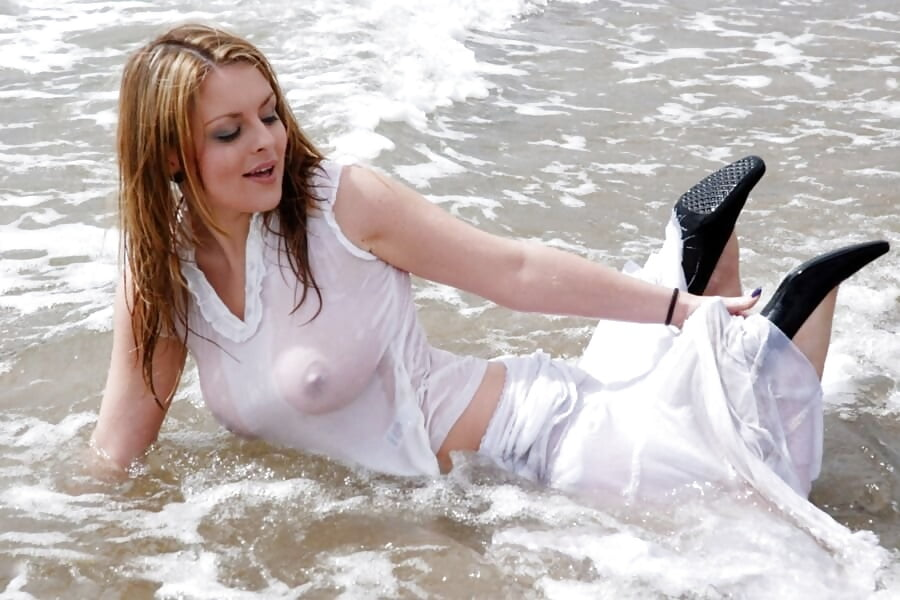 nude-girls-in-wet-dress