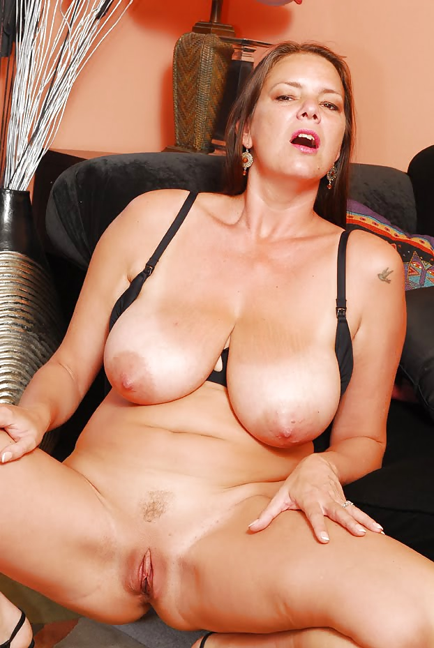 Carrie moon pictures