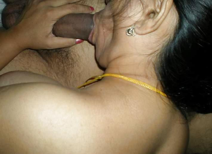 Sexy sudha aunty deep throat mouth fucked by brother in law